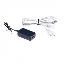 RSI XT/XV Power Supply - 100-240V/50-60Hz need a FIG8/UK adding